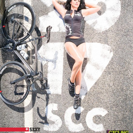 sexy-cycling-calender-2017-front-cover