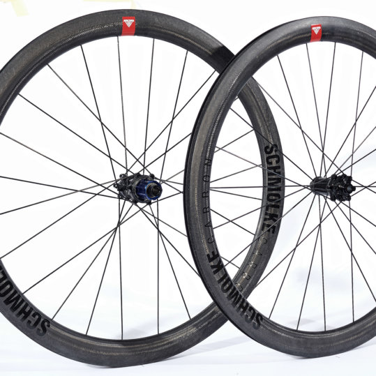 Clincher TLO Disc Black Edition with Tune Prince/Princess hubs